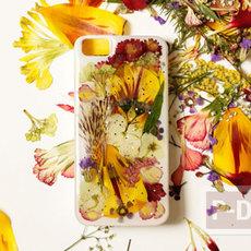 เคสมือถือ ตกแต่งสวยๆ จากดอกไม้แห้ง