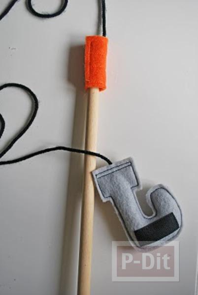 รูป 2 สอนทำของเล่น เบ็ดตกปลา (สำหรับเด็กเล็ก)