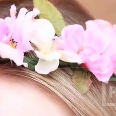 มงกุฎดอกไม้ ทำจากดอกไม้ประดิษฐ์