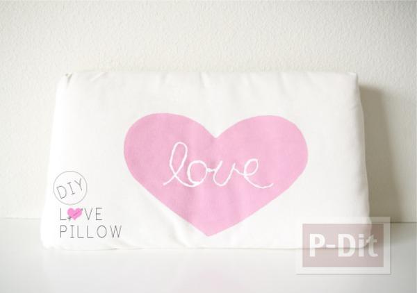รูป 2 ระบายสีปลอกหมอน ส่งมอบความรัก