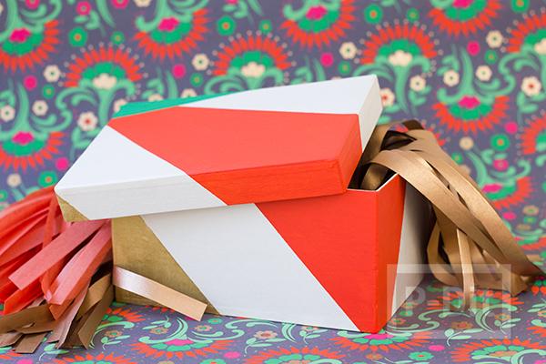 รูป 1 สอนตกแต่งกล่องของขวัญ เทศกาลปีใหม่