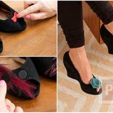 ตกแต่งรองเท้า น่ารักๆ จากดอกไม้ โบว์ ขนนก…