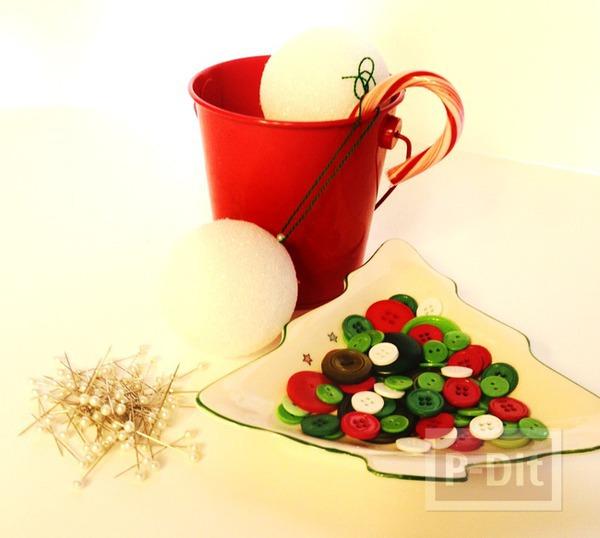 รูป 2 ของตกแต่งวันปีใหม่ คริสต์มาส ลูกบอลกระดุม + ต้นคริสต์มาส