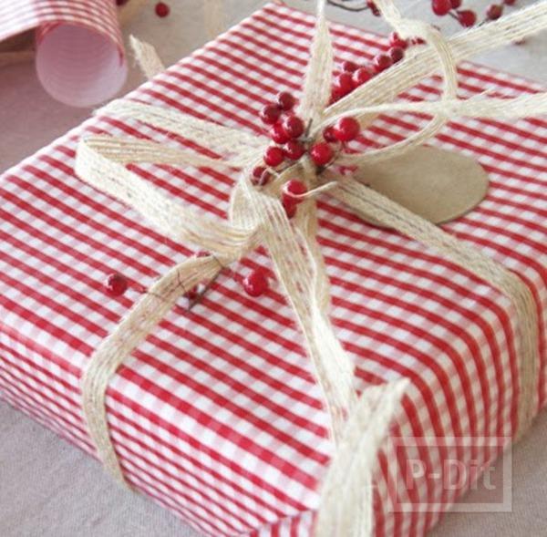 กล่องของขวัญ ห่อสีสดใส