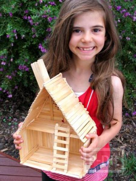 รูป 5 บ้านตุ๊กตา ทำจากไม้ไอติม