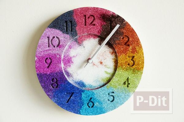 รูป 1 นาฬิกาติดผนัง พ่นสีขาว ประดับกากเพชร