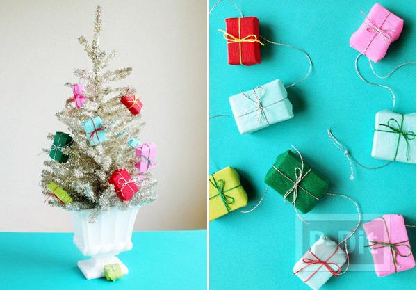 รูป 7 กล่องของขวัญ กล่องเล็กๆ ประดับต้นคริสต์มาส