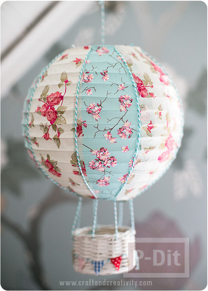 รูป 4 ประดิษฐ์บอลลูน ประดับหลอดไฟ เพดาน