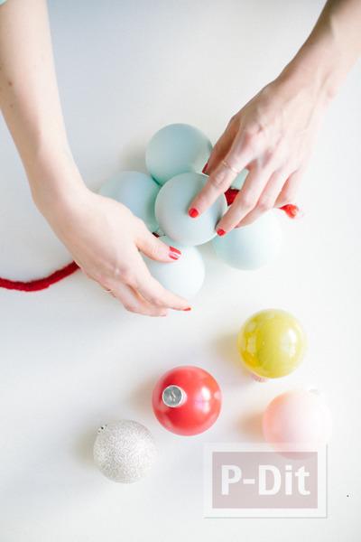 รูป 5 พวงลูกบอล ทำสวยๆ ประดับบ้าน