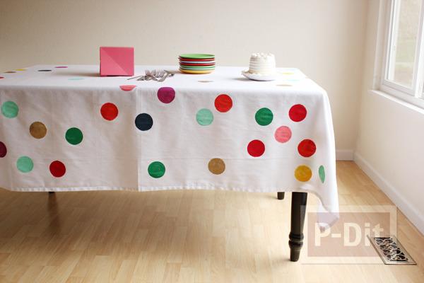ผ้าปูโต๊ะลายจุด ทำเอง สีสดใส