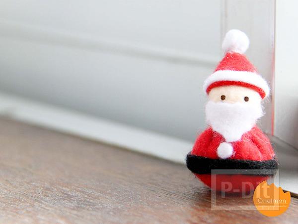 รูป 6 เย็บตุ๊กตา ซานตาครอส ตัวเล็กๆ