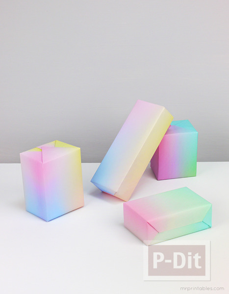 รูป 2 กระดาษห่อของขวัญ ลายสวย สีสดใส