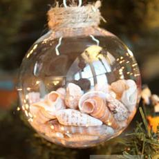 ลูกบอลแก้วใส่เปลือกหอย ประดับต้นคริสต์มาส