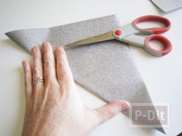 รูป 6 ตกแต่งถุงผ้า ลายสวย จากกระดาษ