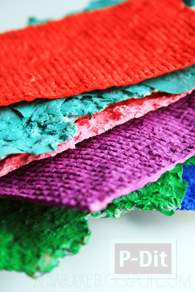รูป 3 สอนทำกระดาษสีสวย จากกระดาษแผ่นเก่าๆ