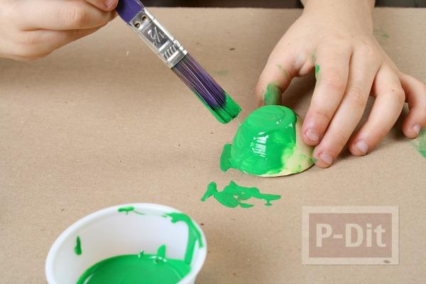 รูป 4 กระดิ่งสีสวย ทำจากรังไข่กระดาษ