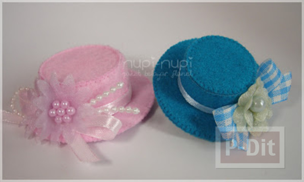 หมวกใบเล็ก ทำจากฝาขวดและกระดาษแข็ง