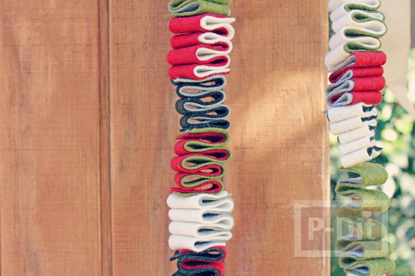 รูป 2 โมบายประดับ ทำจากผ้า เย็บแบบง่ายๆ