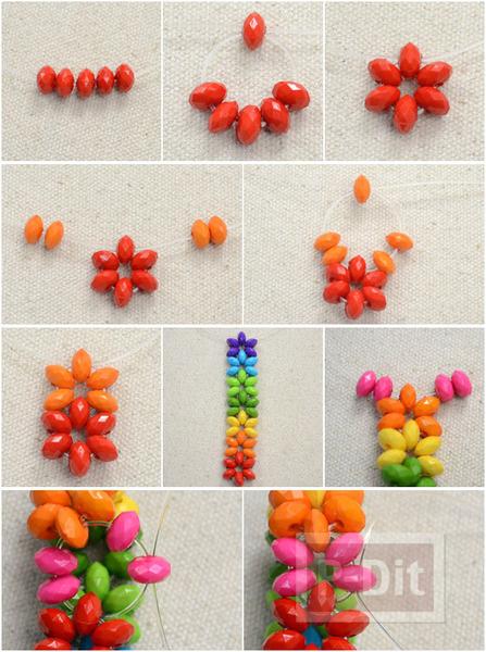 รูป 2 สร้อยข้อมือสีรุ้ง จากลูกปัดสีสดใส