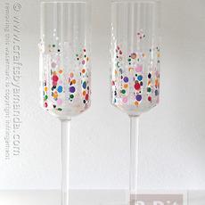 แก้วแชมเปญของขวัญปีใหม่ ตกแต่ระบายสีสด