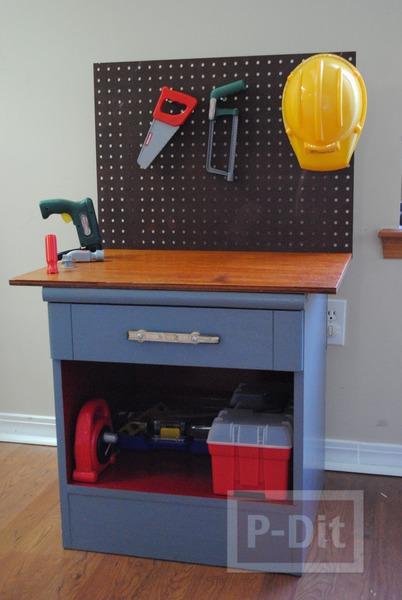 รูป 1 ทำโต๊ะของเล่น จากโต๊ะเก่า