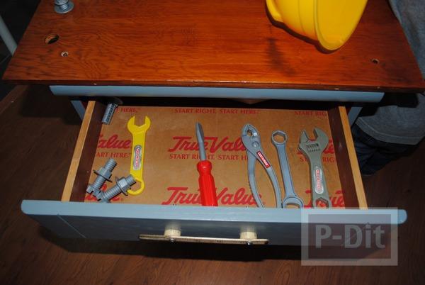รูป 2 ทำโต๊ะของเล่น จากโต๊ะเก่า