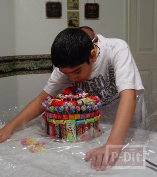 รูป 6 เค้กลูกอม ช็อคโกแลต เวเฟอร์… เค้กวันเกิด