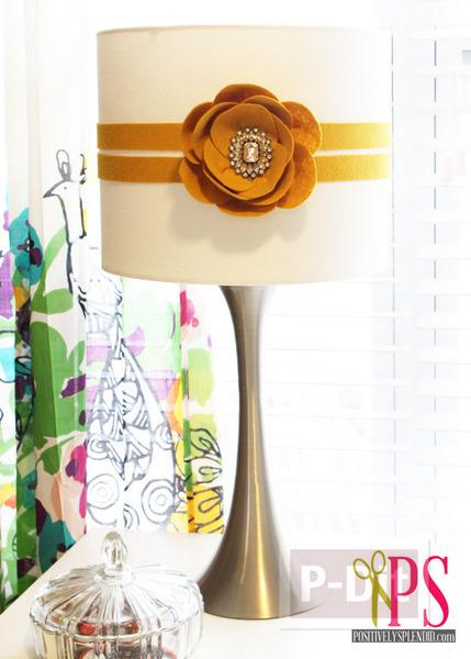 ดอกไม้ประดิษฐ์สวยๆ ตกแต่งโคมไฟ