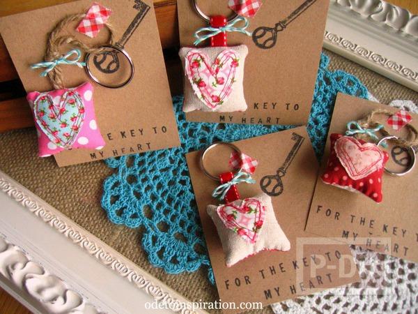 รูป 2 พวงกุญแจ หัวใจ ของขวัญน่ารักๆ
