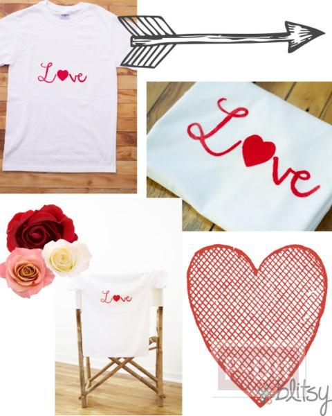 รูป 3 เสื้อยืด ตกแต่งคำว่า รัก