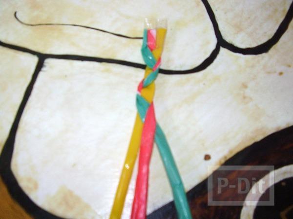รูป 5 กระเป๋าใส่ของสีสด ทำจากถุงพลาสติก