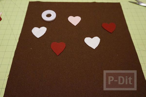 รูป 4 หมอนอิงทำเอง ของขวัญแฟน หัวใจหวานๆ