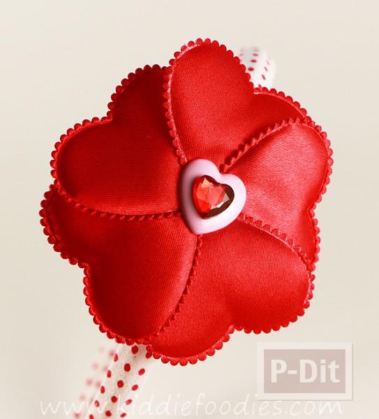 รูป 4 ทำที่คาดผม ลายหัวใจ สีแดงสดใส