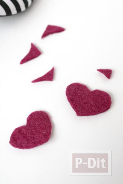 รูป 5 รองเท้าคัชชู ตกแต่งลายหัวใจ สีแดง
