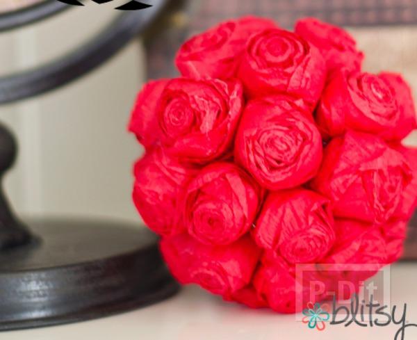 รูป 1 ช่อดอกกุหลาบสีแดงสด มอบความรัก