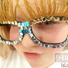 แว่นตาแฟนซี แต่งสวยด้วยเลื่อม และเชือกทอง