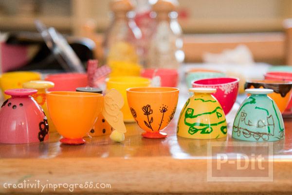 รูป 6 แก้วน้ำแก้วเล็กๆ ทำจากไข่พลาสติก