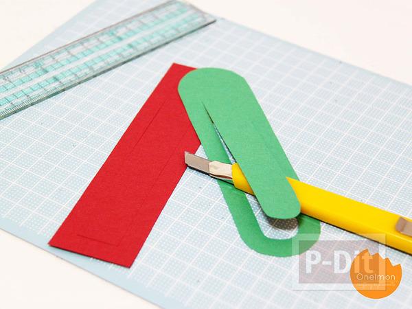 รูป 2 สอนทำที่คั่นหนังสือ จากกระดาษ