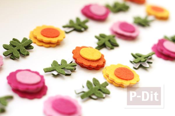 รูป 3 โมบายดอกไม้ ทำจากผ้าสักกะหลาด