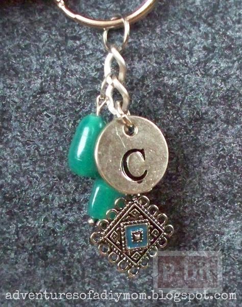 รูป 4 พวงกุญแจสวยๆ ตกแต่งเอง จากโซ่พร้อมจี้