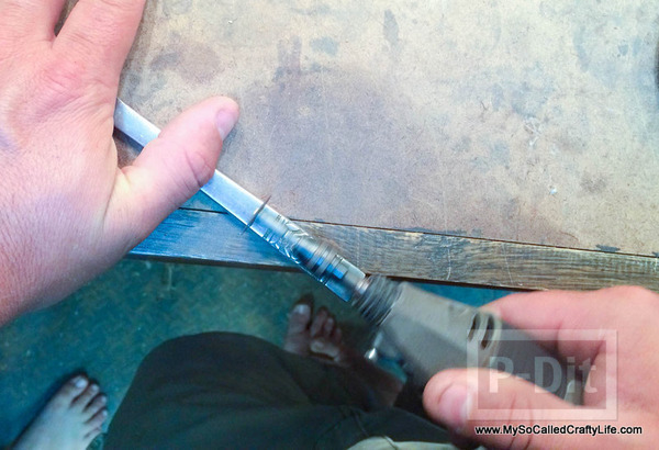 รูป 7 สร้อยข้อมือเก่าๆ นำมาตกแต่งใหม่ จากด้ามมีด
