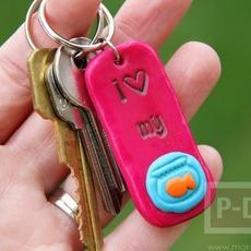 พวงกุญแจ จี้ห้อยคอ ทำจากดินน้ำมัน