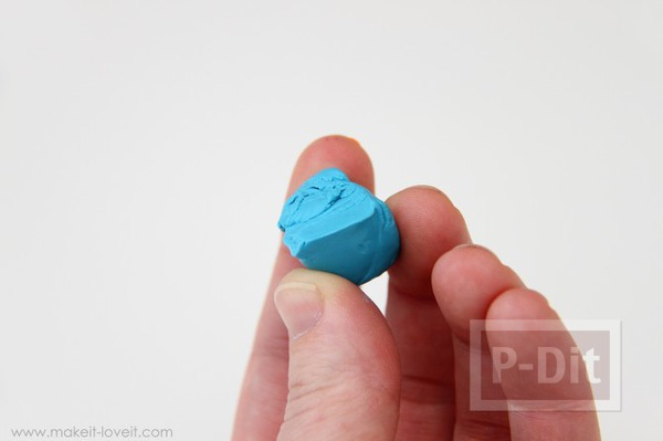 รูป 3 พวงกุญแจ จี้ห้อยคอ ทำจากดินน้ำมัน