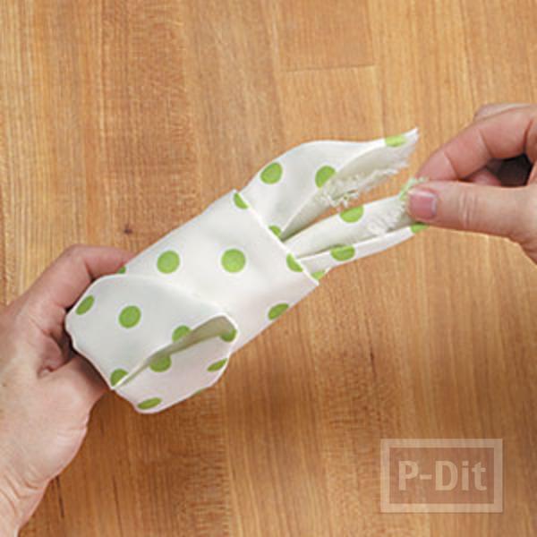 รูป 7 พับผ้าเช็ดมือ ลายกระต่าย
