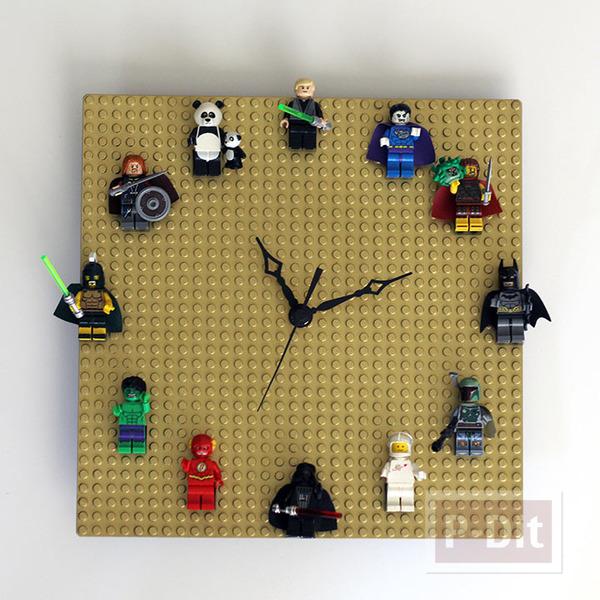 นาฬิกาติดผนัง ทำจากแผ่นเลโก้