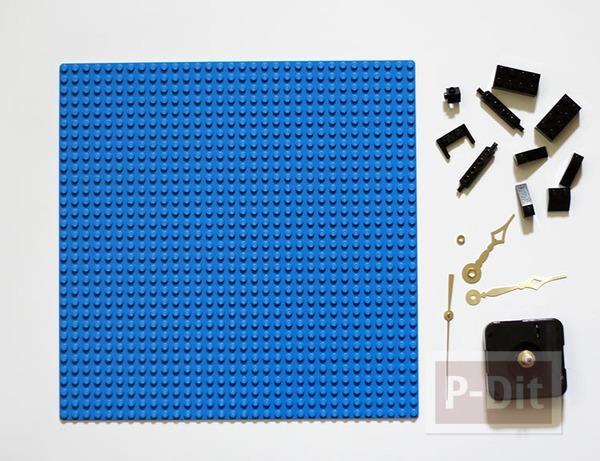 รูป 5 นาฬิกาติดผนัง ทำจากแผ่นเลโก้