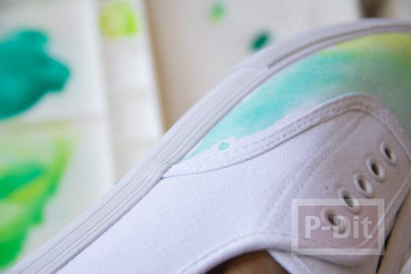 รูป 6 เพ้นท์สีรองเท้าผ้าใบ สีสดใส