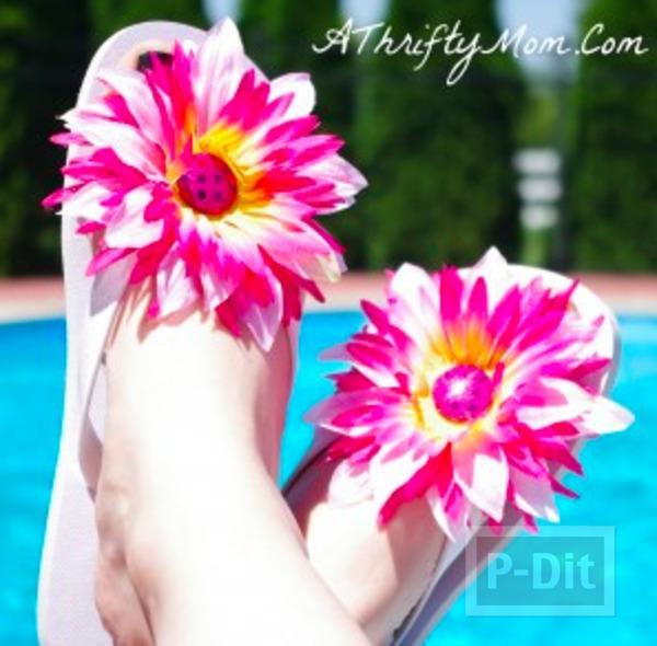 รองเท้าแตะ ตกแต่งลายดอกไม้ สีสดใส