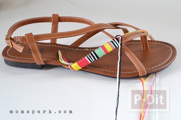 รูป 2 รองเท้ารัดส้นลายสวย ประดับด้าย สีสด
