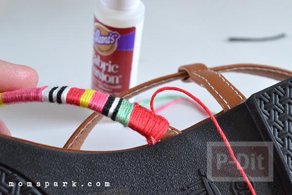 รูป 3 รองเท้ารัดส้นลายสวย ประดับด้าย สีสด